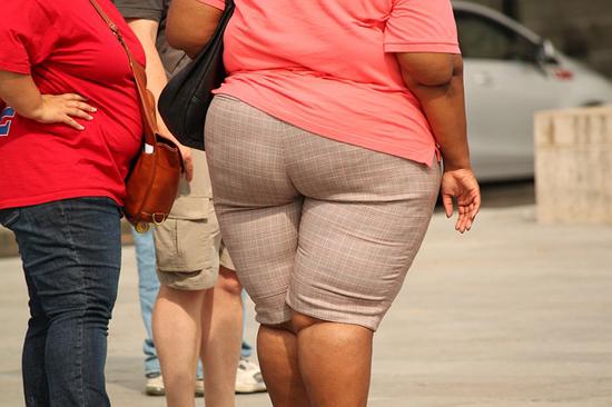 Máte-problémy-s-obezitou-celulitida-pomerančová-kůže-hubnutí-dieta