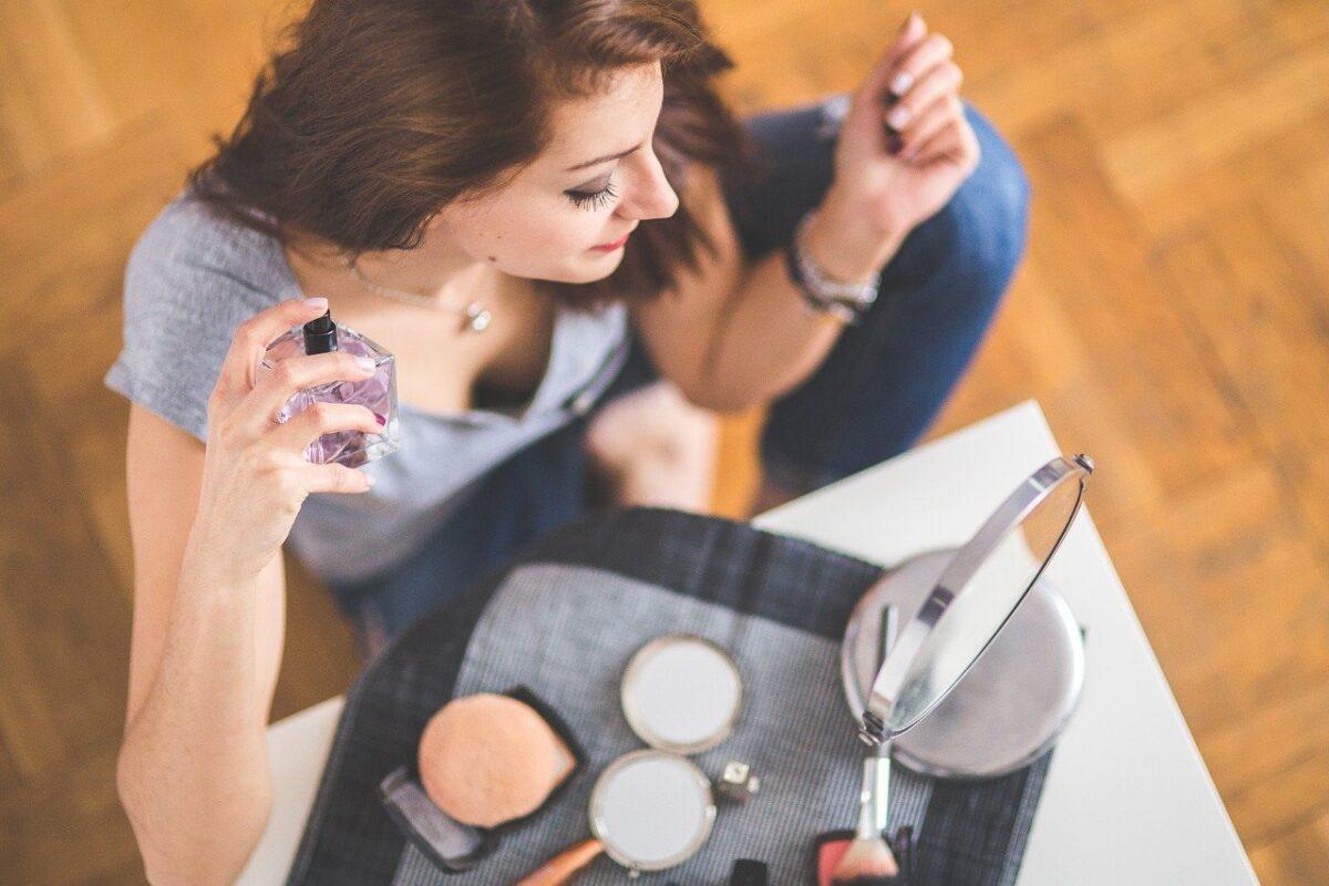 Parfémy již nejsou luxus, dovolit si je může každý