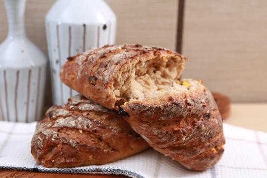 VIP ořechový celozrnný chléb pro Michala Davida