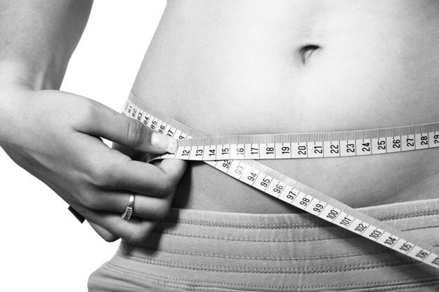 Cvičení doma na zpevnění břicha