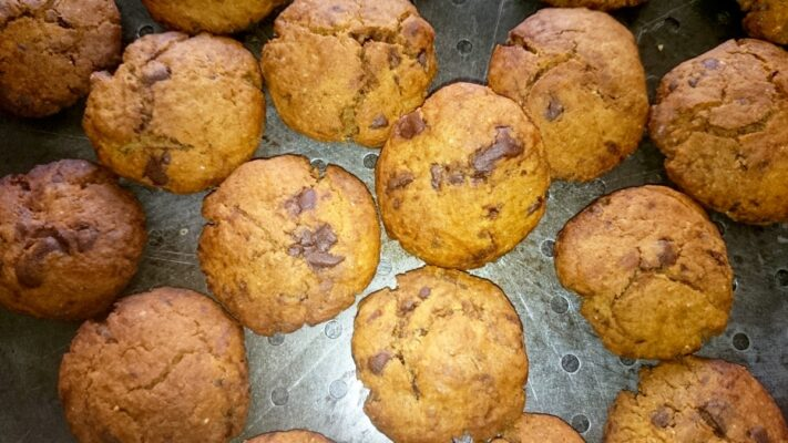 Celozrnné sušenky s čokoládou